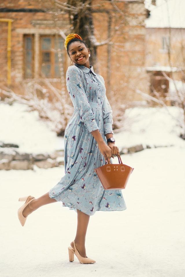 torebki na zimę, trendy na zimę, torba na zimę, modna torba, modne torebki, torebki 2020/2021, moda 2020/2021, dodatki 2020/2021, shopperki, modne ozdoby, modne dodatki,