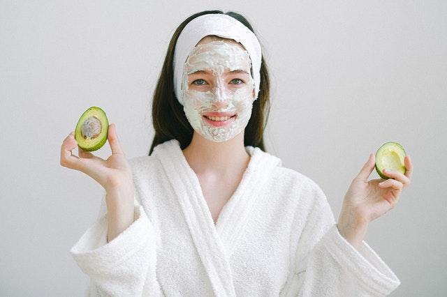 naturalny peeling, przepisy na peeling, peeling kawowy, peeling domowy, peeling z naturalnych składników, peeling do ciała, peeling do twarzy,