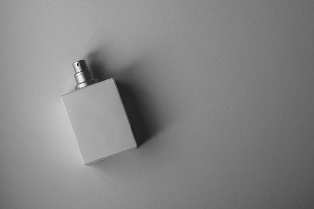 męskie perfumy, jak wybrać męskie perfumy, perfumy dla mężczyzn, idealny męski zapach, jak dobrać perfumy męskie, jak znaleźć perfumy męskie,