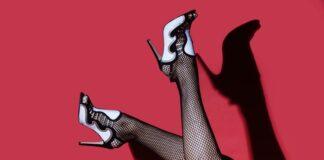 kobiece obuwie, obuwie damskie, kobiece buty, szpilki, buty na każdą okazję, jak wybrać buty, eleganckie buty, wygodne buty, buty sportowe,