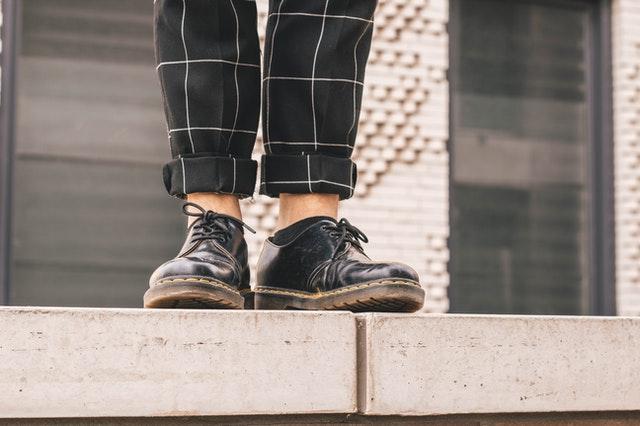 oxfordki, oxfordy, buty oxfordki, oxfordki damskie, oxfordy damskie, eleganckie buty, damskie obuwie, modne obuwie, czarne oxfordki, do czego nosić oxfordki, oxfordki stylizacje, oxfordki kolorowe,